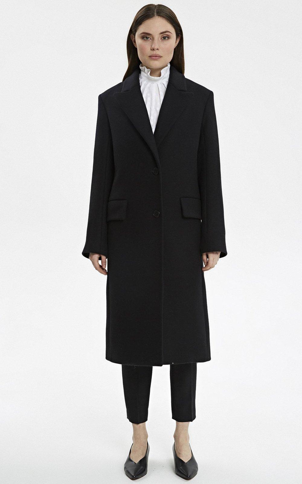 b2dd75ac060 Классическое черное пальто из шерсти с добавлением кашемира